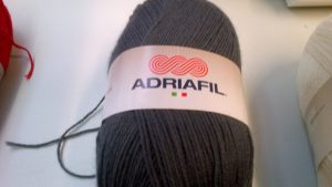 Classic Double Knit Wool Large 200g Adriafil Top Ball Dark Grey