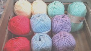 Box 10 x 50g Double Knit Wool, Perfect for Patchwork Blankets, Crochet, Mixed Cols